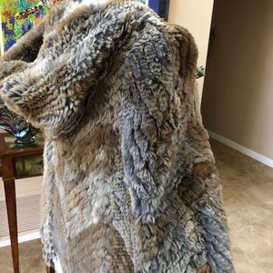 La Florentine real rabbit fur piece hooded poncho